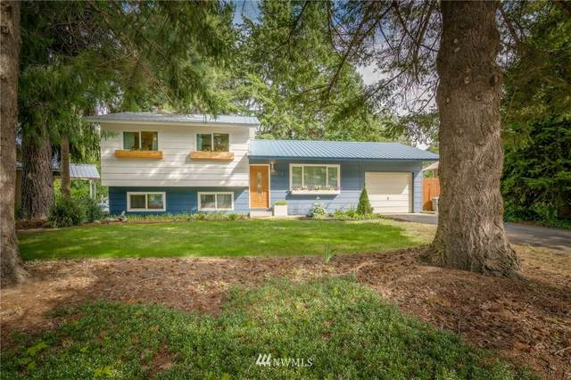 213 W Commercial Street, Leavenworth, WA 98826 (#1830696) :: The Snow Group