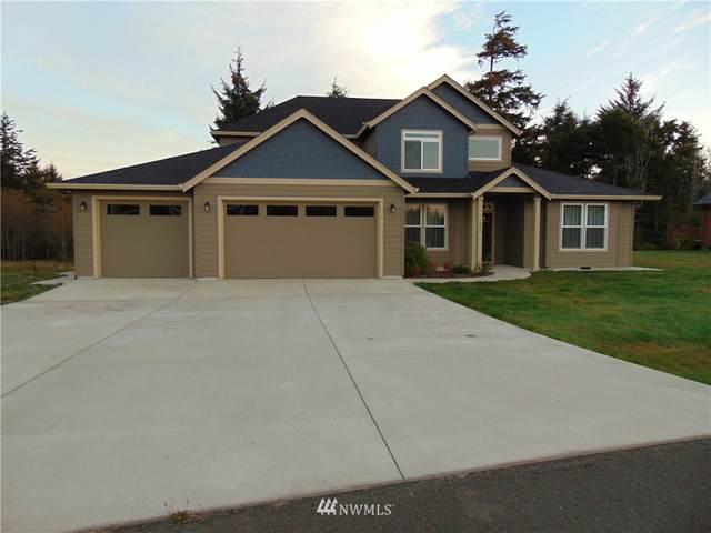 1400 Lakeview Drive, Ilwaco, WA 98624 (#1830831) :: The Kendra Todd Group at Keller Williams