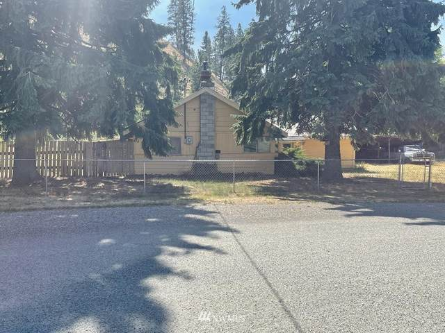 219 Broadway Street, Conconully, WA 98819 (#1831603) :: The Kendra Todd Group at Keller Williams