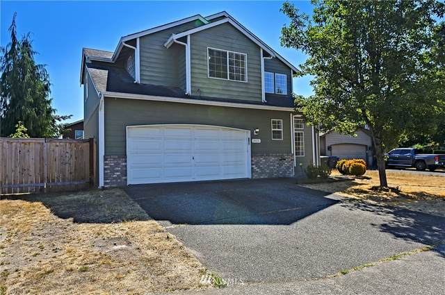24015 SE 261st Place, Maple Valley, WA 98038 (#1833811) :: The Snow Group