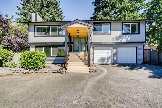 13822 N Greenwood Avenue A, Seattle, WA 98133 (#1834647) :: The Snow Group