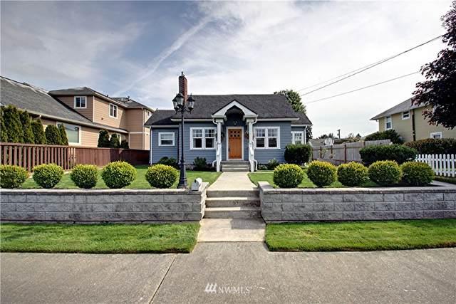 1605 12th Street, Anacortes, WA 98221 (#1835164) :: Keller Williams Western Realty