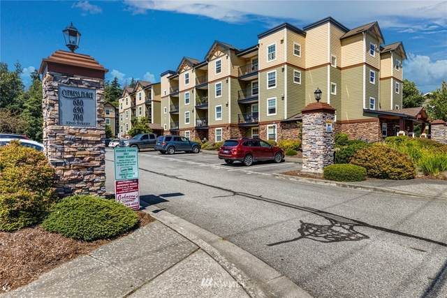 680 32nd Street C203, Bellingham, WA 98225 (#1835651) :: Ben Kinney Real Estate Team