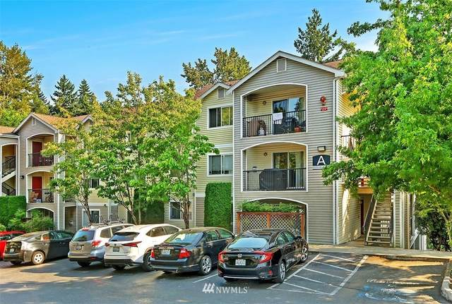 10709 Valley View Road A203, Bothell, WA 98011 (#1836180) :: The Snow Group