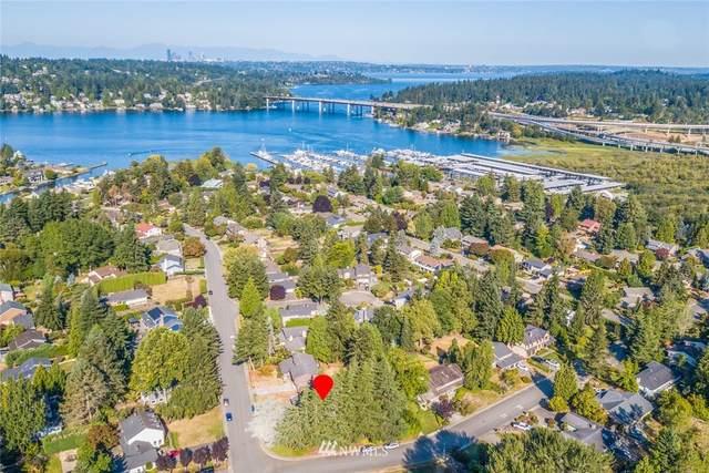 8 Newport Key, Bellevue, WA 98006 (#1836190) :: Pacific Partners @ Greene Realty