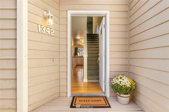 1342 NE Jasmine Lane, Bremerton, WA 98311 (#1836220) :: Ben Kinney Real Estate Team