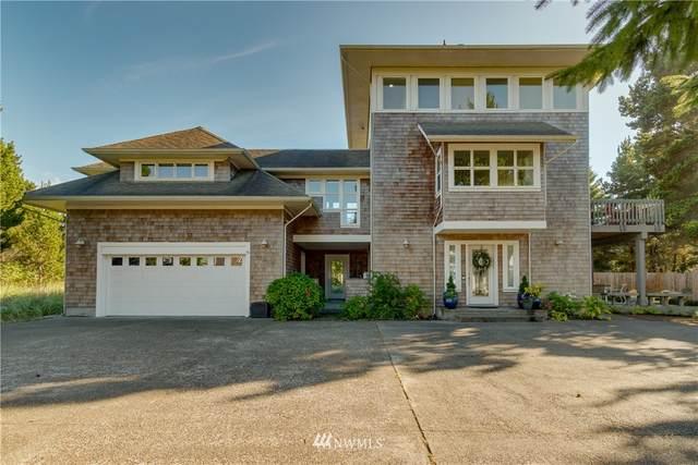 225 25th Street NW, Long Beach, WA 98631 (#1836336) :: Better Properties Real Estate