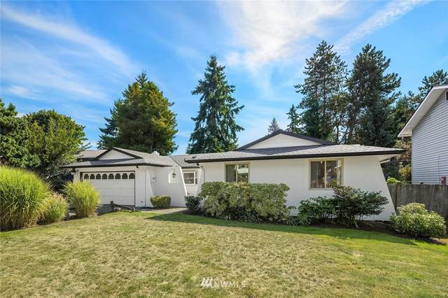 3011 NE 194th Street, Lake Forest Park, WA 98155 (#1836352) :: Better Properties Real Estate