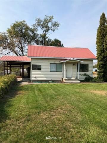618 7th Avenue, Omak, WA 98841 (#1836782) :: Franklin Home Team