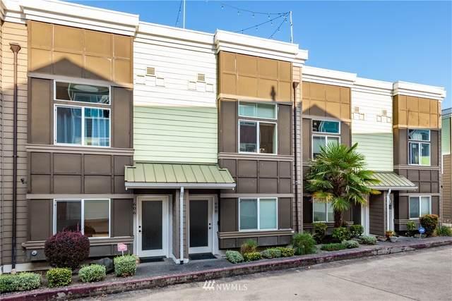 608 S 23rd Street, Tacoma, WA 98405 (#1836809) :: Keller Williams Western Realty