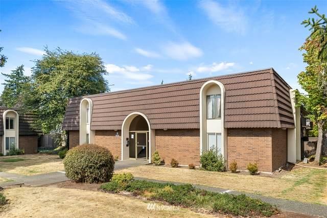 11012 NE 68th St #517, Kirkland, WA 98033 (#1836911) :: Simmi Real Estate