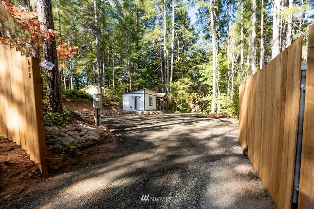 680 N Dow Creek Road, Hoodsport, WA 98548 (#1837405) :: The Shiflett Group