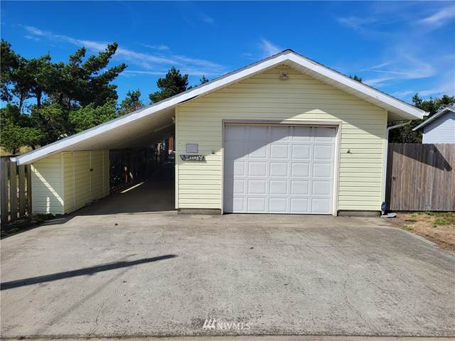 609 336th Place, Ocean Park, WA 98640 (#1837610) :: The Snow Group