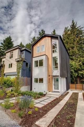 3214 NE 117th Street, Seattle, WA 98125 (#1837652) :: The Snow Group
