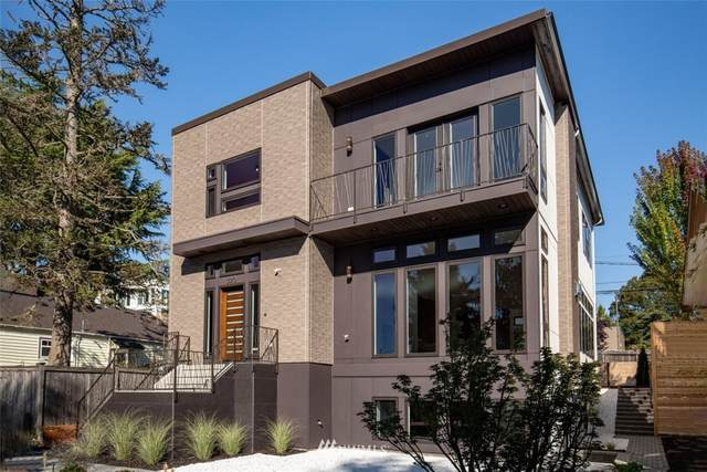 3010 44th Avenue SW, Seattle, WA 98116 (#1838053) :: The Snow Group