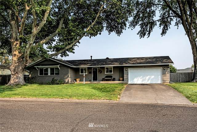 22 NE Tremont Drive, College Place, WA 99324 (#1838511) :: Franklin Home Team