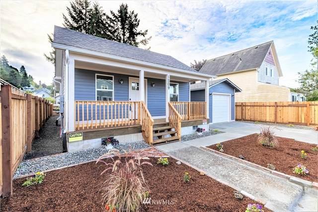 1209 Cedar Street, Raymond, WA 98577 (#1838542) :: Franklin Home Team