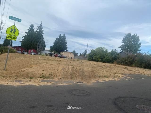 1305 E 66th Street, Tacoma, WA 98404 (#1838580) :: The Snow Group