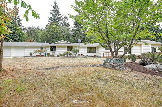 375 SW Camano Drive, Camano Island, WA 98282 (#1838622) :: Better Properties Real Estate