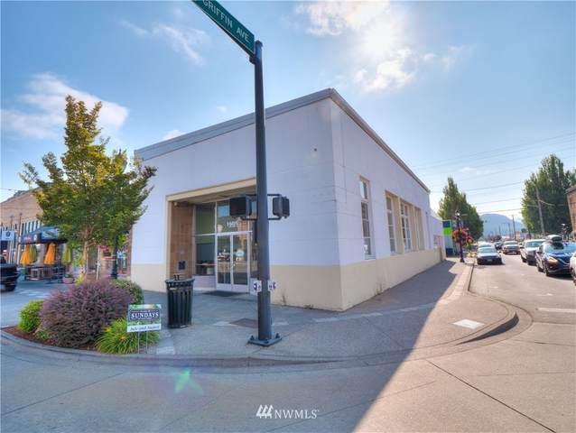 1605 Cole Street, Enumclaw, WA 98022 (#1838670) :: Pacific Partners @ Greene Realty