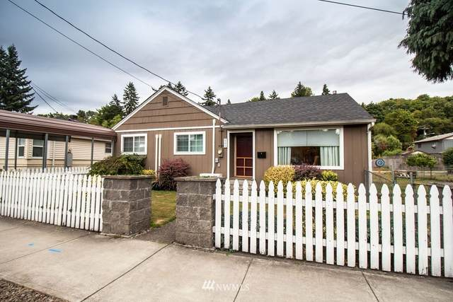 806 N Kelso Avenue, Kelso, WA 98626 (#1838789) :: Lucas Pinto Real Estate Group