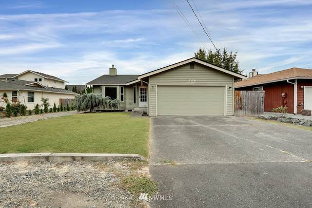 1118 11th Street SW, Puyallup, WA 98371 (#1839042) :: Simmi Real Estate