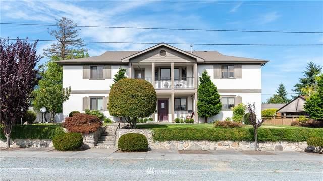 1806 10th Street, Anacortes, WA 98221 (#1839144) :: Lucas Pinto Real Estate Group