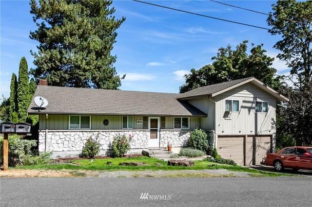 1922 S 104th Street, Seattle, WA 98168 (#1839233) :: McAuley Homes