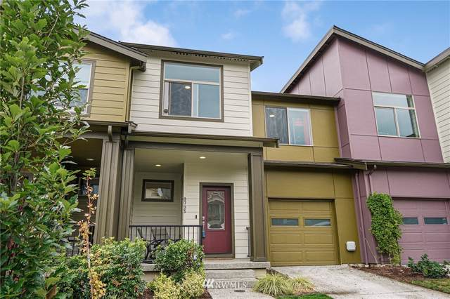 9735 11th Avenue SW, Seattle, WA 98106 (#1839779) :: The Snow Group