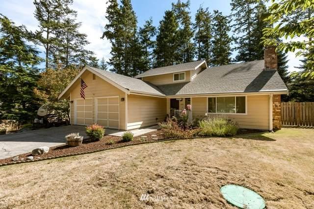 2081 Pine Wood Way, Oak Harbor, WA 98277 (MLS #1840099) :: Reuben Bray Homes