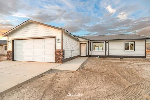 1005 E Mt Baker Street, Othello, WA 99344 (#1840134) :: Commencement Bay Brokers