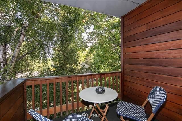 49 W Eturia Street #302, Seattle, WA 98109 (#1840174) :: Mike & Sandi Nelson Real Estate