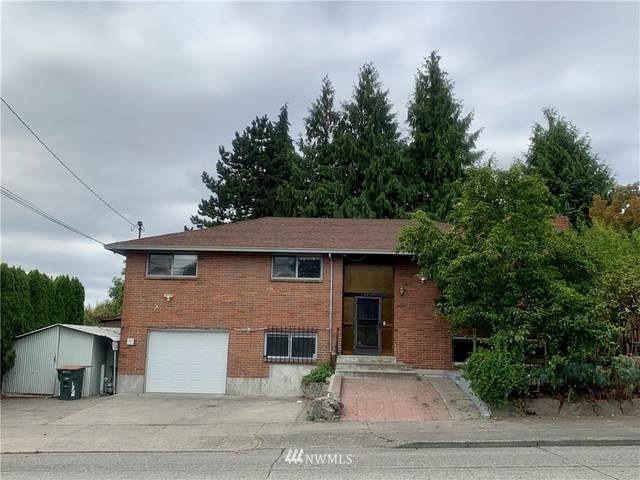 4911 15th Avenue S, Seattle, WA 98108 (#1840572) :: TRI STAR Team | RE/MAX NW