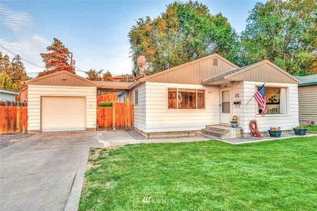 1021 S Grant Street, Moses Lake, WA 98837 (MLS #1840685) :: Nick McLean Real Estate Group