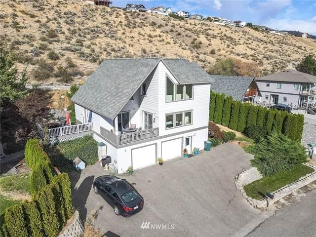 217 San Remo Lane, Chelan, WA 98816 (#1840806) :: The Kendra Todd Group at Keller Williams