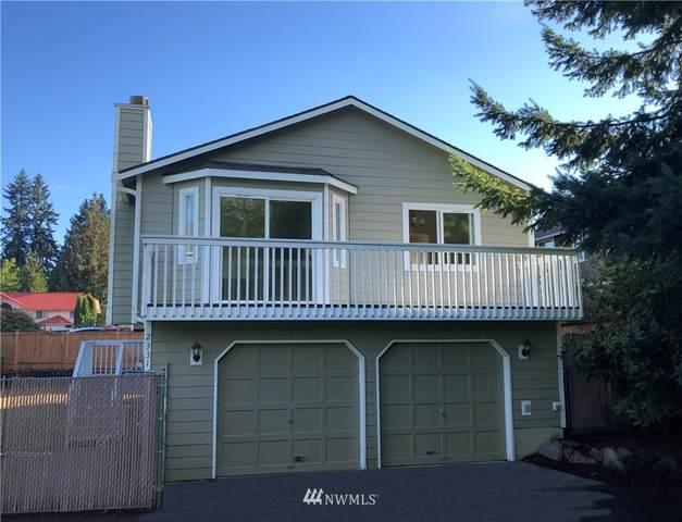 2331 N 190 Street, Shoreline, WA 98133 (#1841093) :: Ben Kinney Real Estate Team