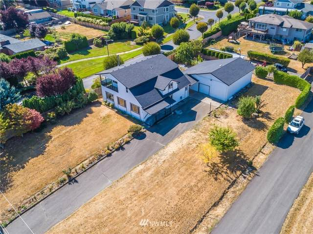 8206 Woodland Avenue E, Puyallup, WA 98371 (#1841459) :: Keller Williams Realty
