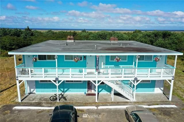839 Ocean Shores Boulevard NW, Ocean Shores, WA 98569 (#1841578) :: The Kendra Todd Group at Keller Williams