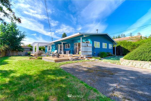 611 Crystal Beach Road, Point Roberts, WA 98281 (#1842415) :: The Snow Group