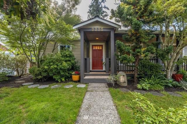 2225 NE 82nd Street, Seattle, WA 98115 (MLS #1842526) :: Reuben Bray Homes