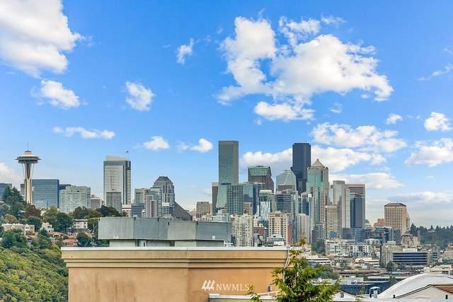 2411 W Boston Street A, Seattle, WA 98199 (#1842599) :: McAuley Homes
