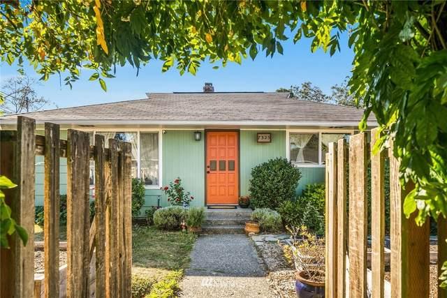 7325 19th Avenue SW, Seattle, WA 98106 (#1842892) :: M4 Real Estate Group