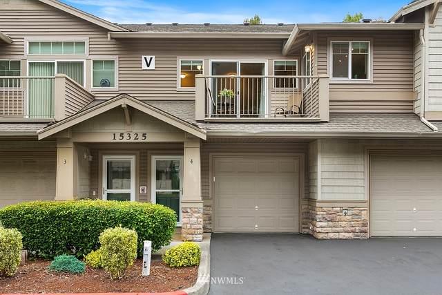 15325 SE 155th Place V4, Renton, WA 98058 (#1842910) :: Franklin Home Team
