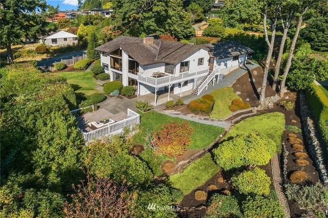 8909 NE 20th Street, Clyde Hill, WA 98004 (#1842947) :: Pacific Partners @ Greene Realty