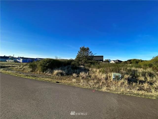 1254 Storm King Avenue SW, Ocean Shores, WA 98569 (#1843107) :: Keller Williams Western Realty