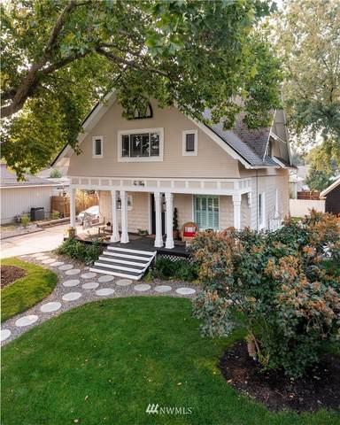1030 Waverly Street, Walla Walla, WA 99362 (MLS #1843141) :: Nick McLean Real Estate Group