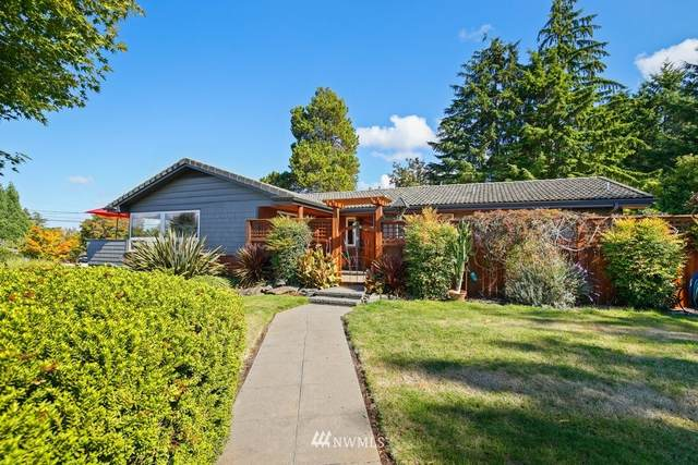 17704 3rd Place SW, Normandy Park, WA 98166 (#1843303) :: The Kendra Todd Group at Keller Williams