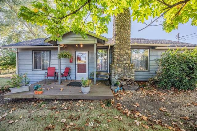 28702 Pioneer Highway, Stanwood, WA 98292 (#1843458) :: Neighborhood Real Estate Group