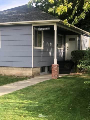 205 W Dayton Avenue, Dayton, WA 99328 (#1843612) :: Franklin Home Team