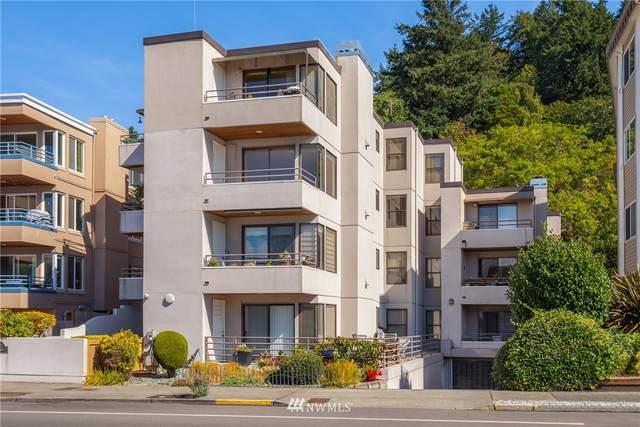 4222 Beach Drive SW #302, Seattle, WA 98116 (#1843971) :: Neighborhood Real Estate Group